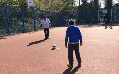 FOOTBALL FAMILY FUN IN THE SUN