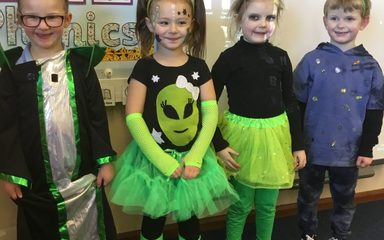 aliens in Reception